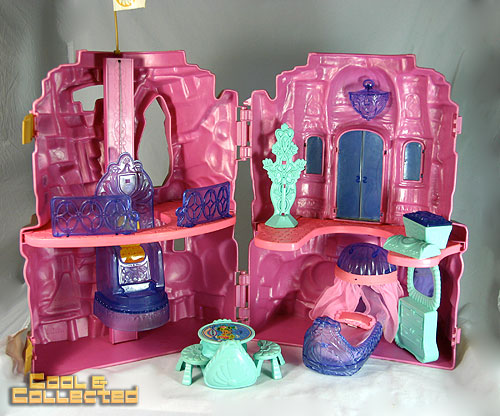 she-ra - crystal castle (He-Man, Masters of the Universe MOTU)