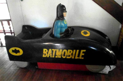 Batman batmobile coin op ride