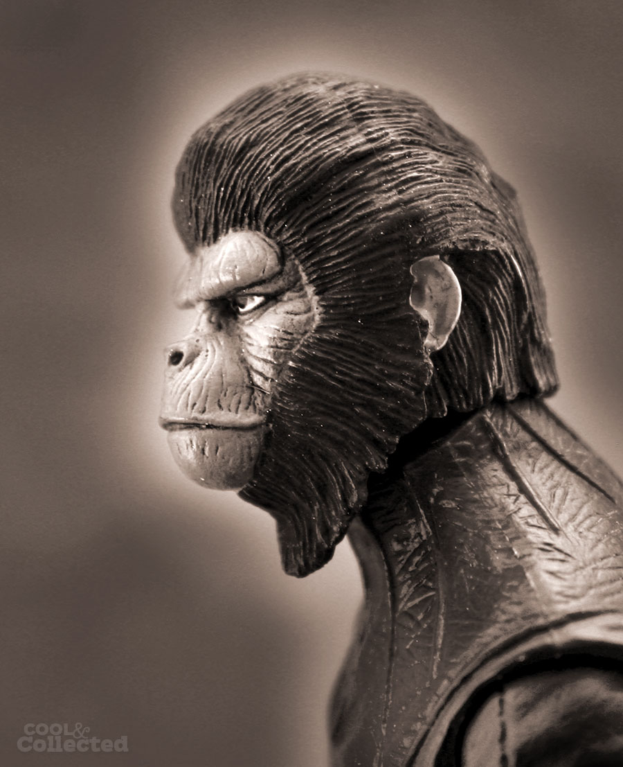 neca-planet-of-the-apes-cornelius-action-figure3