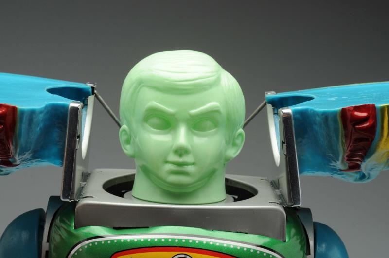 Japanese-Change-Man-Robot-3